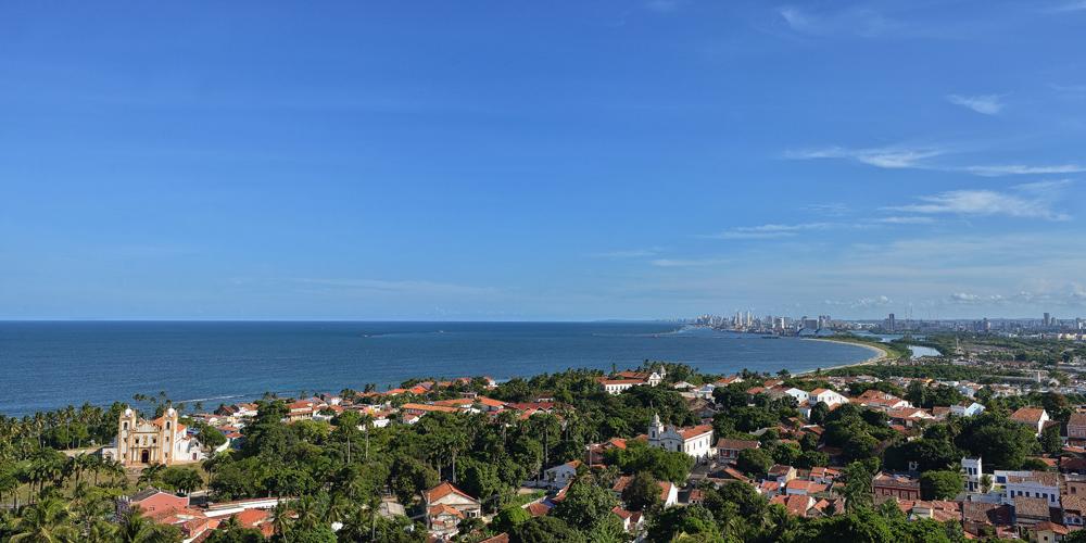 Einzigartiger Panoramablick von der Praça da Sé auf Olinda und Recife. Foto: Wolfgang Besche ©