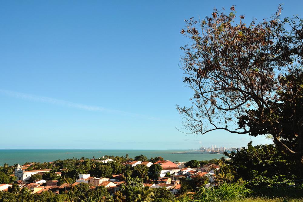 Panoramablick von der Praça da Sé auf Olinda und Recife. Foto: Wolfgang Besche ©